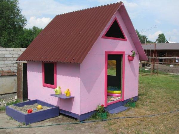 Построить детский домик из фанеры на даче