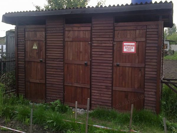 тройной дачный туалет