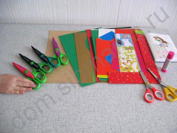 Как сделать подарок бабушке своими руками из картона