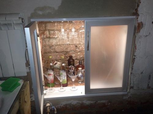 Холодильник за окном своими руками 12