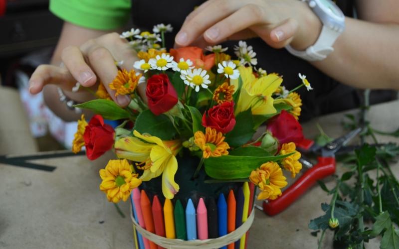 Буквы из цветов своими руками фото 364
