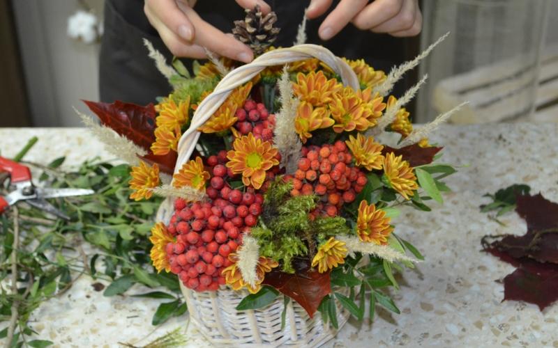 Как составить осенний букет на конкурс на день учителя, под цветы
